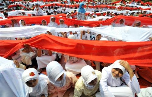 indonesian muslim children parade