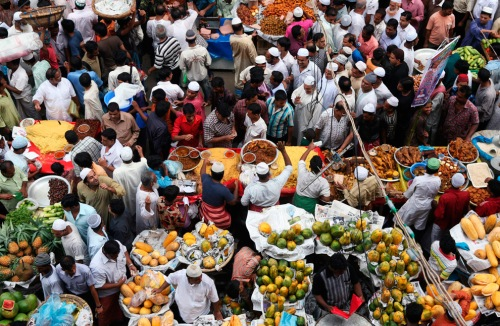 muslim shop for iftar