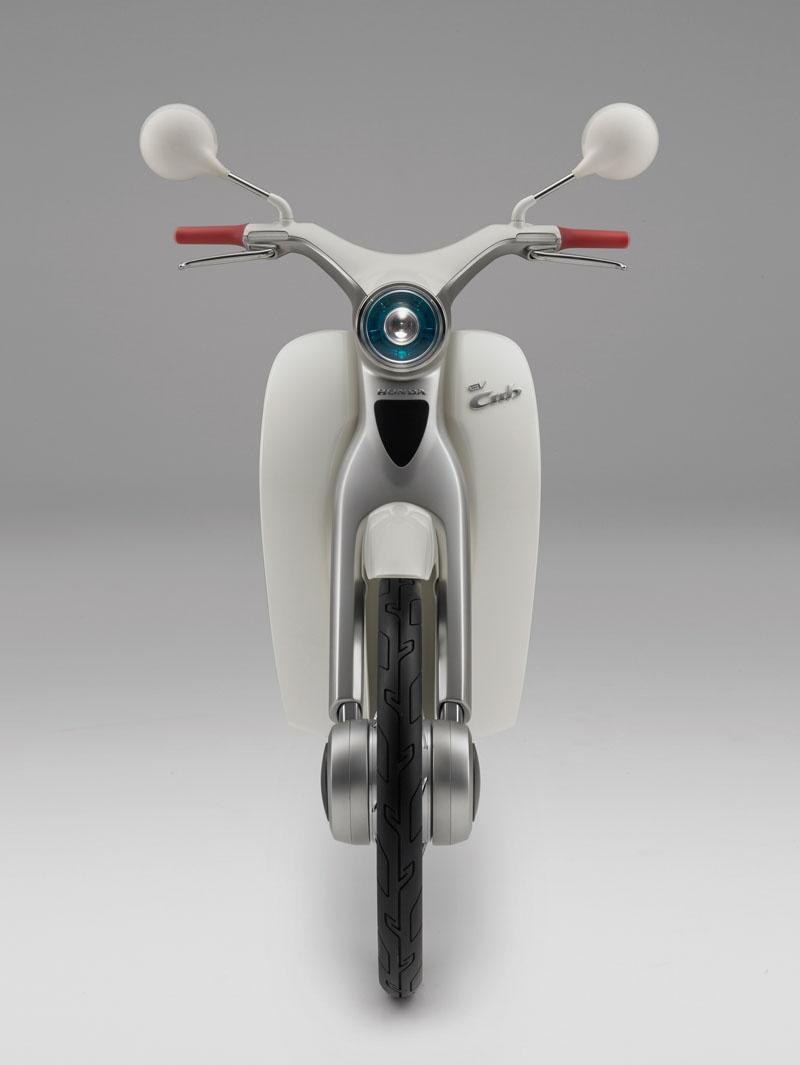 Honda-EV-Cub 3